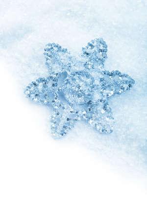 snowflake snow: snowflake christmas decoration in white snow isolated