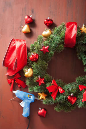 making winter christmas wreath decoration diy handmade