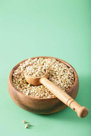 원시 녹색 메밀 건강 성분