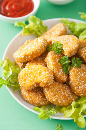 vegan soy nuggets healthy meal Stock Photo