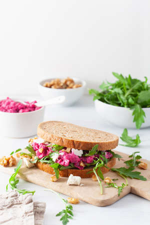 beetroot and feta cheese sandwich with walnuts
