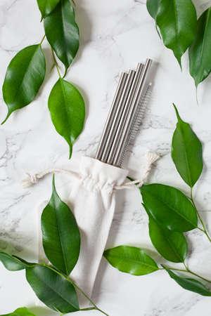 eco-friendly reusable metal drinking straw. zero waste concept Stockfoto