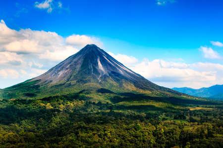 アレナル火山コスタリカ