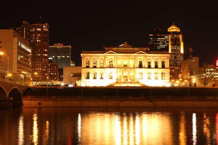 iowa: Des Moines Iowa Night Skyline