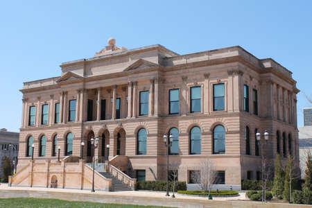 iowa: Public Library-Des Moines Iowa Editorial
