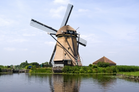 Rietveldse mill in Hazerswoude-Dorp, The Netherlands Stock Photo - 21422495