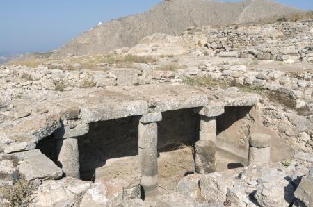 antigua grecia: Thera antiguo en la isla de Santorini en Grecia