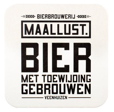 NETHERLANDS - LEIDSCHENDAM - MEDIA OCTOBER 2015: Maallust beer mat with beer from brewery Maallust in Veenhuizen, Netherlands. Redactioneel
