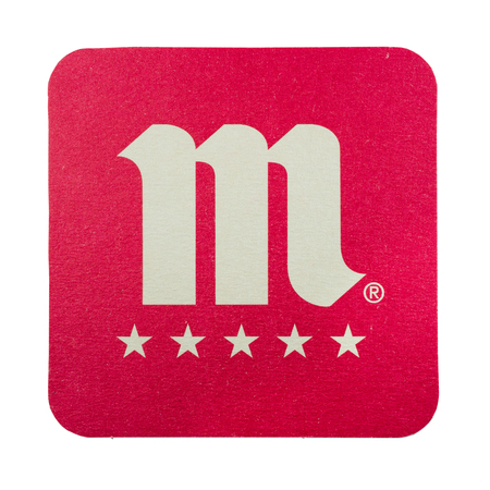 NETHERLANDS - LUNTEREN - JULY 17, 2017: Mahou beer mat. From brewery Grupo Mahou-San Miguel in Spain. Isolated on white background. Redactioneel