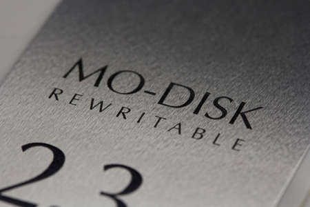 The MO-Disk was widely used as a data storage disc (2.3gb)