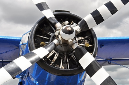 airplanes: Vintage propeller airplane