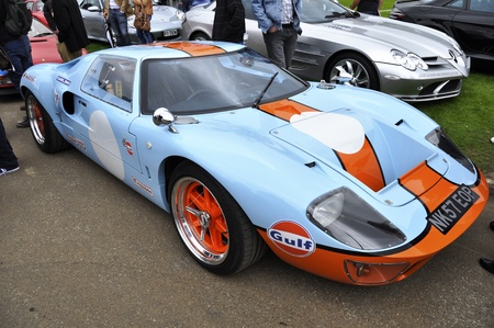 chelsea: LONDON - SEPTEMBER 04: A Ford GT40 at Chelsea AutoLegends, on September 04, 2011 in London. The Ford GT40 won the 24 Hours of Le Mans in 1966,1967,1968 and 1969. Editorial
