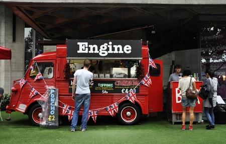 restauration: Citro�n H Van converted into a takeaway restaurant in London, UK