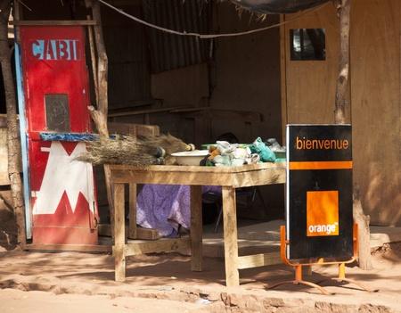 bamako: Bamako, Mali - February 15, 2012: Orange stall in Bamako, Mali Editorial