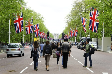 LONDON, UK, Friday 1 June 1, 2012. Preparation and decoration of the Mall and Buckingham Palace for the Queens Diamond Jubilee
