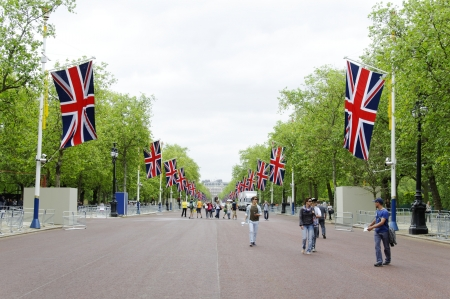 LONDON, UK, Friday 1 June 1, 2012. Preparation and decoration of the Mall and Buckingham Palace for the Queen's Diamond Jubilee