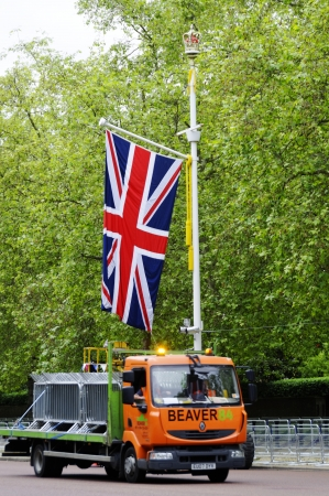 LONDON, UK, Friday 1 June 1, 2012. Preparation and decoration of the Mall and Buckingham Palace for the Queen's Diamond Jubilee Stock Photo - 13893197