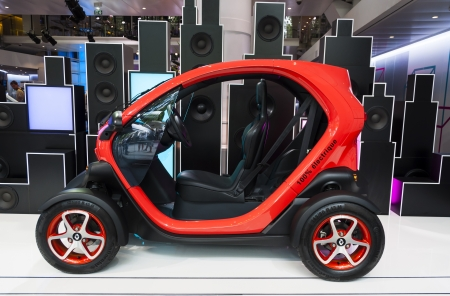 The new Renault Twizy, electric vehicle for two passengers