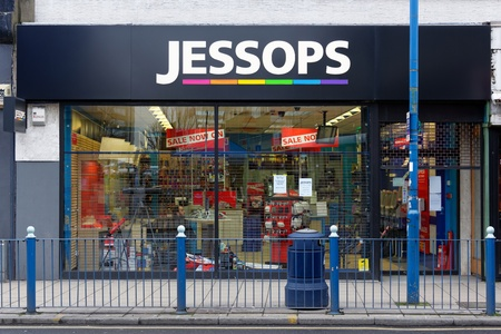 London, UK, 12th January 2013. Jessops camera store on High Street Putney  is closed. Jessops went into administration on Friday 11th January 2013 and as a result has shut all of its 187 stores. About 1370 jobs will be lost. Stock Photo - 17262704
