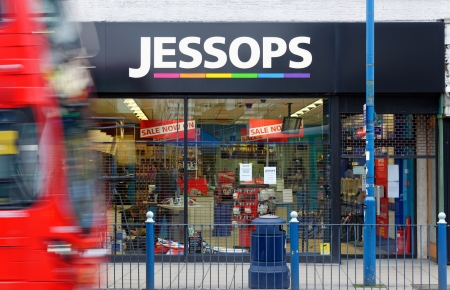 London, UK, 12th January 2013. Jessops camera store on High Street Putney  is closed. Jessops went into administration on Friday 11th January 2013 and as a result has shut all of its 187 stores. About 1370 jobs will be lost. Stock Photo - 17262703