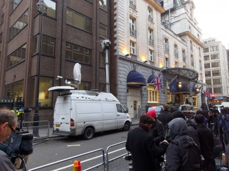 thatcher: LONDON - UK, April 08: The media outside the Ritz where Margaret Thatcher has died from a stroke on April 8, 2013 in London.