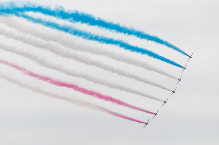 manoeuvre: Flying demonstration of the Red Arrows Stock Photo