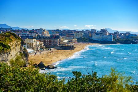 Biarritz Grande Plage (strand) in de zomer, Frankrijk