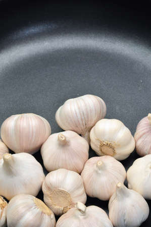 Garlic in the pan