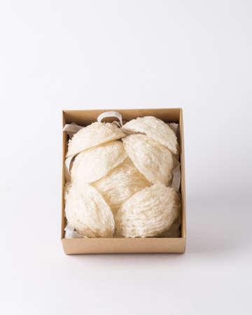 nid ou Salanganes d'oiseau, un aliment de luxe de la nature