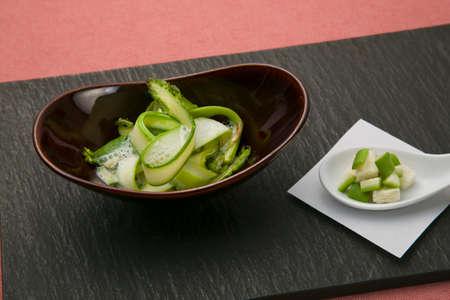 Dripping fresh, sliced Tochigi Prefecture Uenos best asparagus expressed the fettuccine of Hiramen pasta