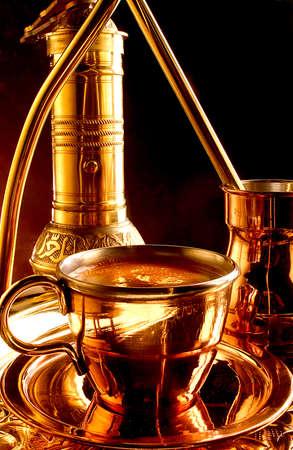 greek pot: Servizio tradizionale caffè turco