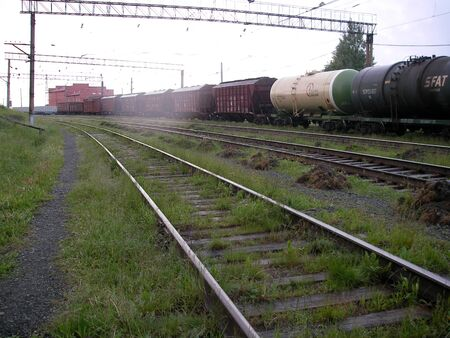 empties: Cargo trains, structures with tanks, passenger expresses - rush day and night on steel rails