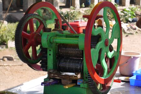 gearing: the car for squeezing of juice from a sugar cane