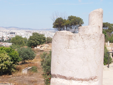 place of interest: View of the city of Tunisia from the observation deck in Carthage