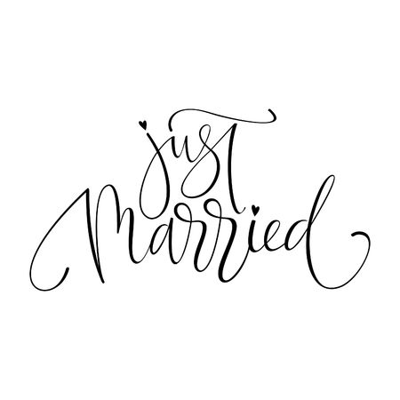 Net getrouwd ansichtkaart. Bruiloften belettering. Inkt illustratie. Moderne borstelkalligrafie. Geïsoleerd op witte achtergrond