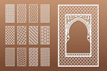 Un ensemble de gabarits de fenêtres arabes et de 12 panneaux de confidentialité pour la découpe laser. Conception dans un style traditionnel oriental. Grâce à la découpe de papier, vinyle, contreplaqué, bois. Vecteurs