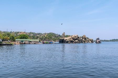 mwanza: Rocks on the shore of Lake Victoria, Tanzania