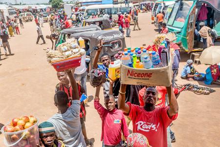 bus station: Mwanza, Tanzania- March 25, 2016:  Street vendors selling goods at Bus Station in Mwanza, Tanzania