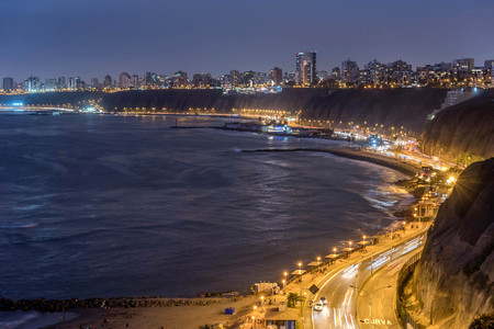 The Pacific coast of Miraflores at night in Lima, Peru 写真素材
