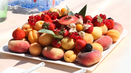 Fruit plate-berry summer