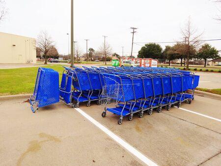 Blauwe Carts