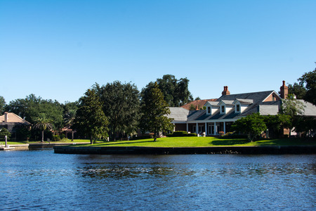 luxury house on the shore of the florida intercoastal waterway