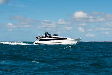 motorboat cruising in the florida keys