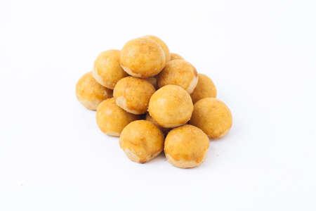 印度尼西亚菠萝挞饼干或Nastar孤立在白色背景是用来庆祝Idul Fitri或黎巴嫩或开斋节穆巴拉克