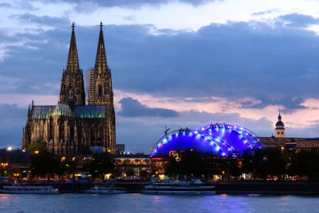 Cologne cathedral at dawn