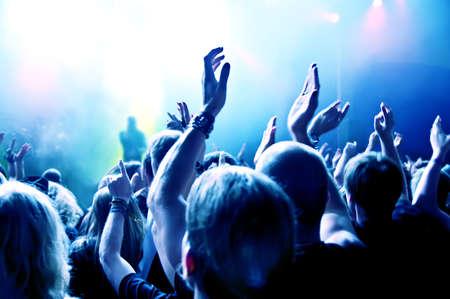 multitud: Multitud de concierto Foto de archivo