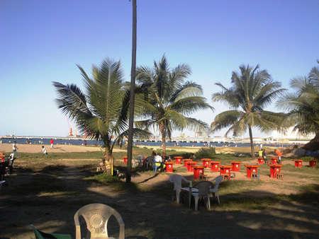 vue:  Madagascar : la vue sur mer, la plage de Toamasina