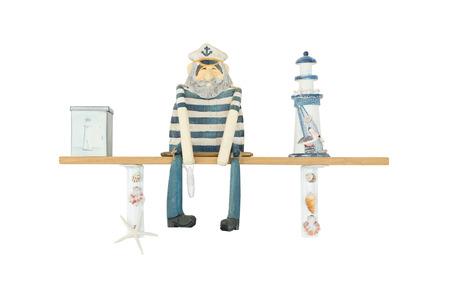 capitan de barco: Figura de madera de Marinero Man o Capit�n de Nav�o aislado en blanco