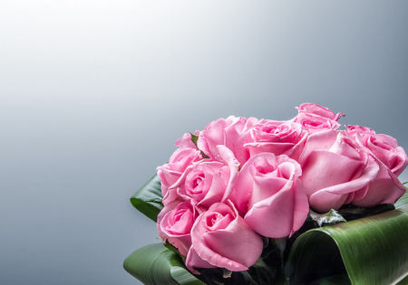 Bunch of roses composition background Imagens