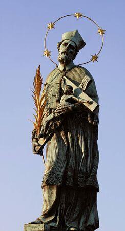 gloriole: Nepomuk estatua I- Praga